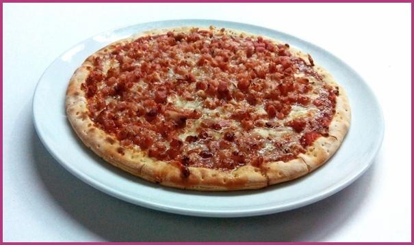 Tuna & Bacon pizza